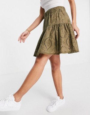 Мини-юбка цвета хаки с вышивкой ришелье Y.A.S-Зеленый цвет