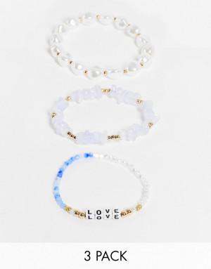 Набор из 3 золотистых браслетов с бусинами, искусственными жемчужинами и надписью